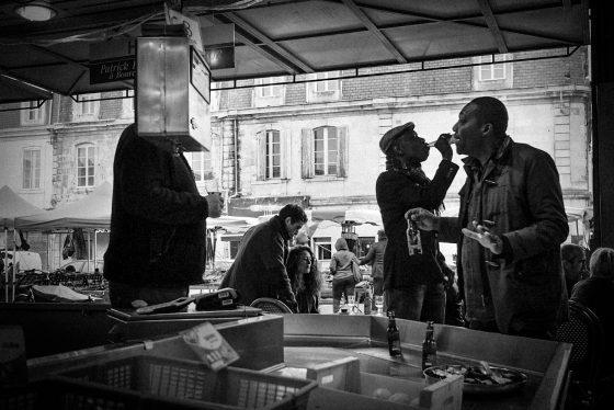 Instant décisif au marché des Capucins.