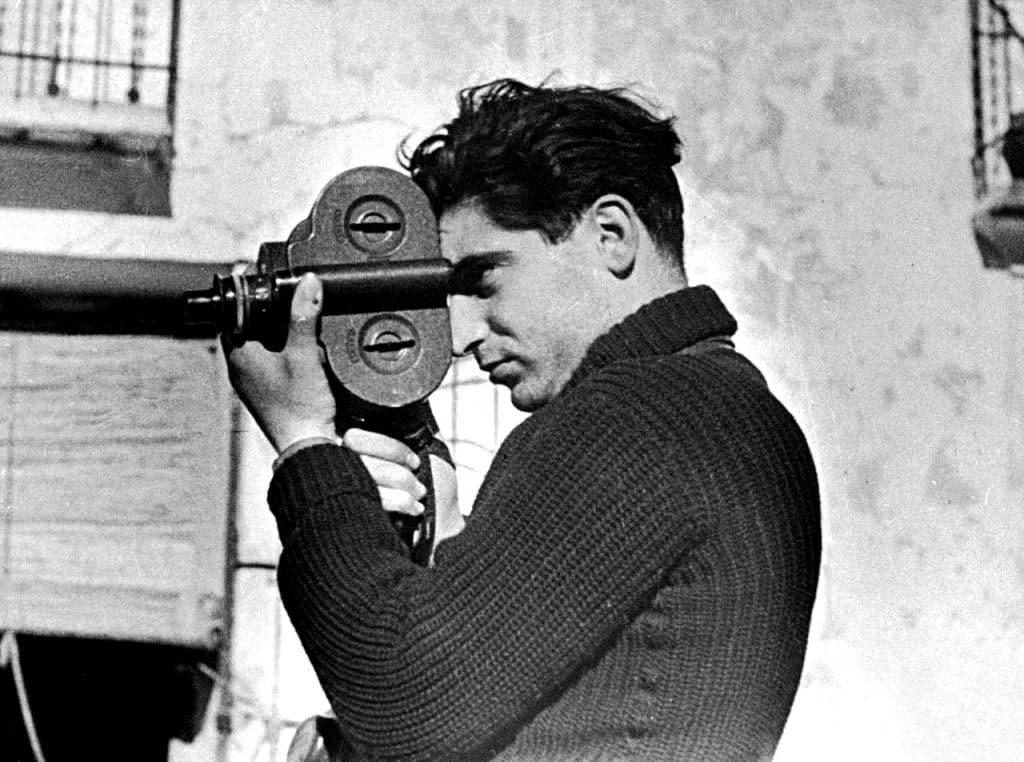 Robert Capa à la caméra